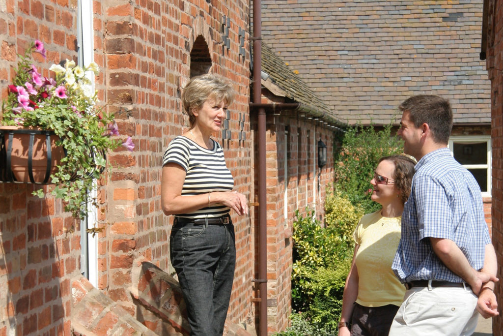 Get a warm Leicestershire welcome at our luxury holiday cottages | Upper Rectory Farm Cottages