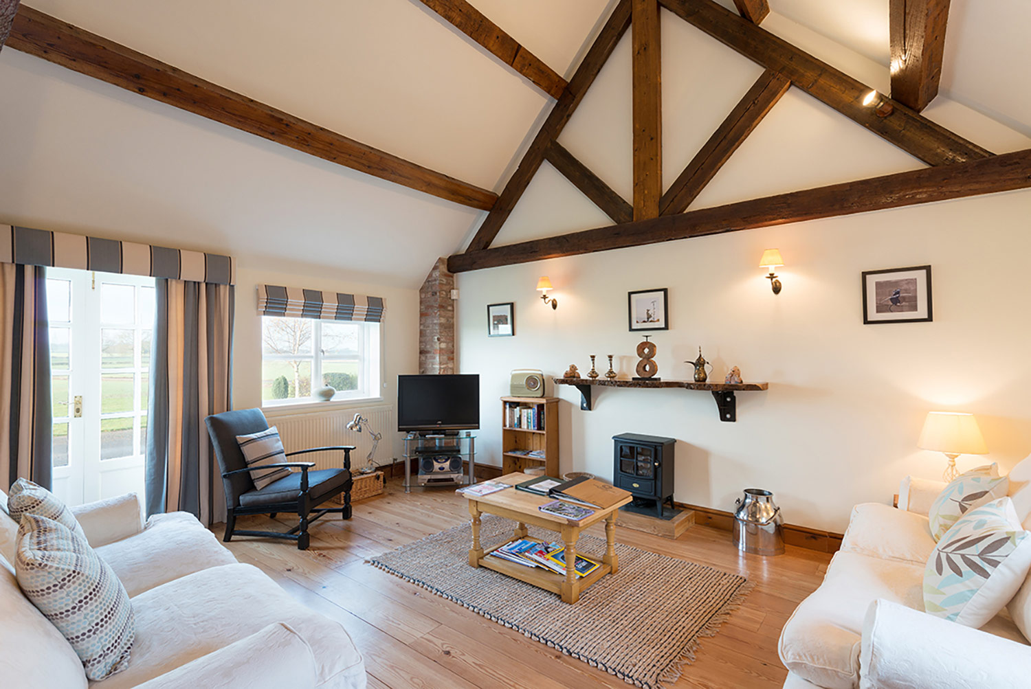 Fully equipped holiday cottages   Upper Rectory Farm Cottages
