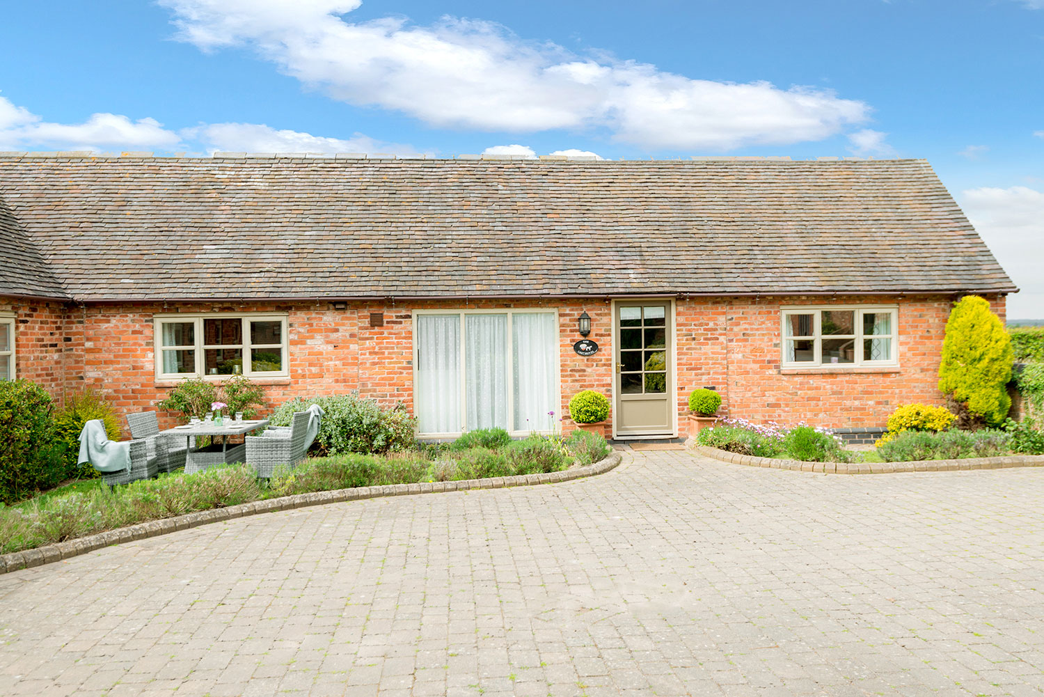 Accessible holiday accommodation in the heart of England | Upper Rectory Farm Cottages