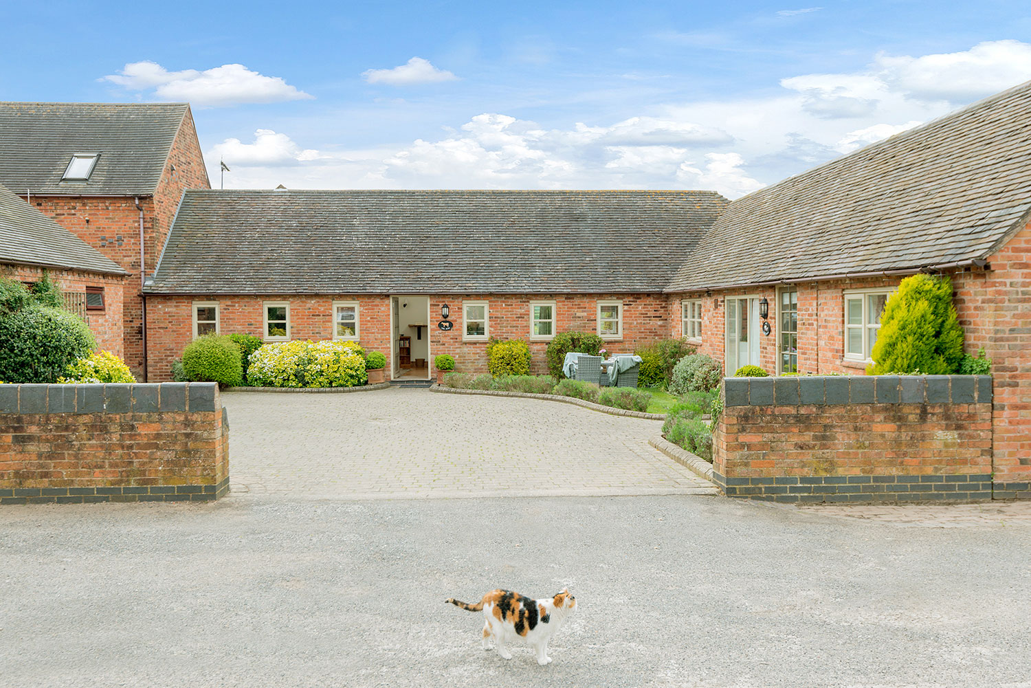 Collection of self-catering cottages in the heart of England | Upper Rectory Farm Cottages
