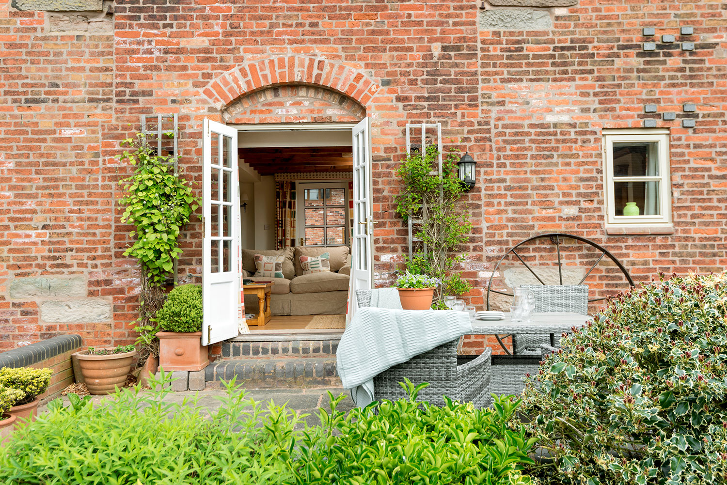 Open plan self-catering accommodation | Upper Rectory Farm Cottages