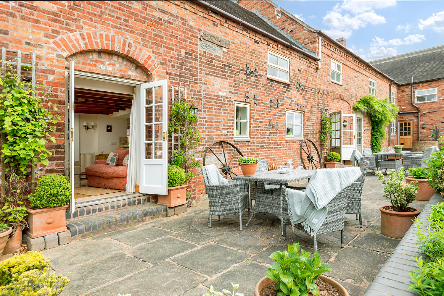 Enjoy the rustic charm at our luxury holiday cottages | Upper Rectory Farm Cottages